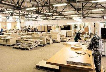 Какие материалы используются в производстве мебели
