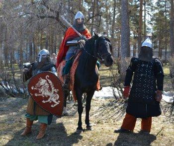 Память о воинской славе России живет: в Челябинске реконструировали Ледовое побоище