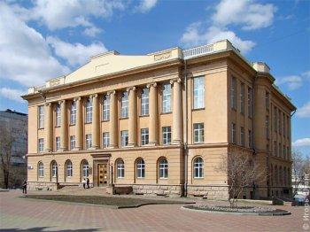 Челябинская областная библиотека расширяет приходит на предприятия и в парки