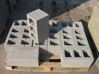 Бетонные блоки в строительстве индивидуальных домов