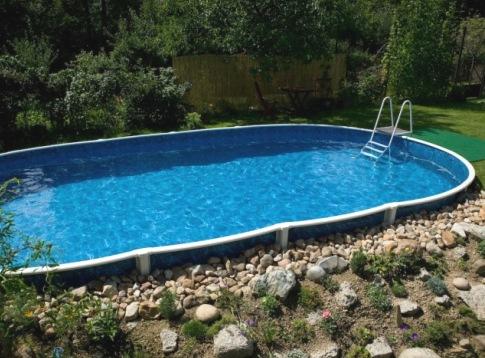 Как построить бассейн во дворе