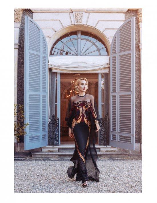 Фотосессия с участием Алисы Крыловой для журнала L'Officiel Азербайджан