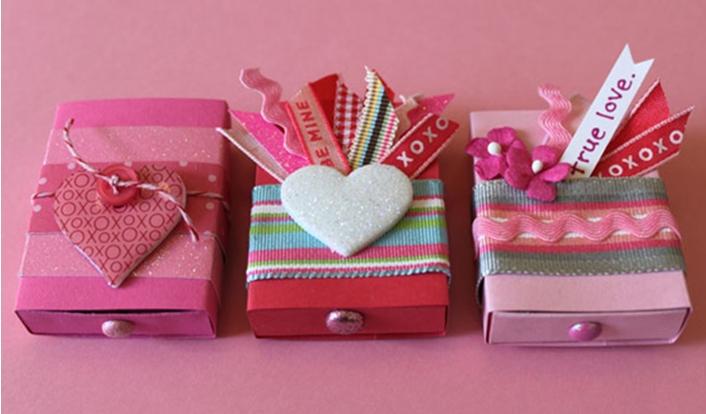 Как сделать подарок своими руками на день