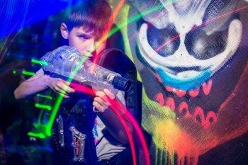 Игра в лазертаг в Челябинске - фантастическое развлечение