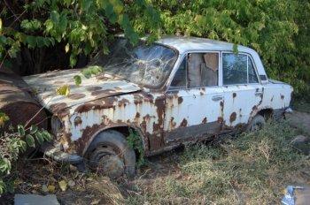 Из челябинских дворов исчезнут брошенные автомобили