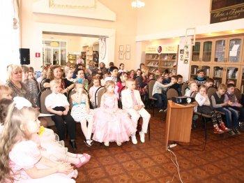Благотворительная акция «Весеннее настроение» прошла в Челябинской библиотеке