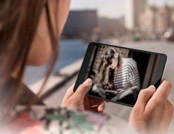 Sony Xperia 2305. Телефон нового поколения