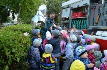Дошколята Челябинской области повторили нормы пожарной безопасности