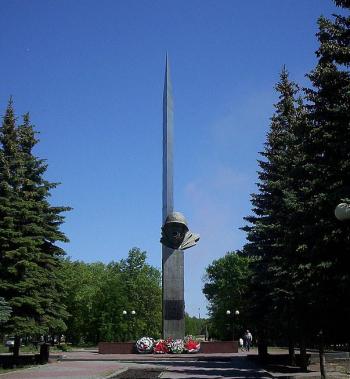 В Челябинске после реконструкции открылся сквер Победы
