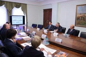 Губернатор обсудил планы по добыче золота в Челябинской области