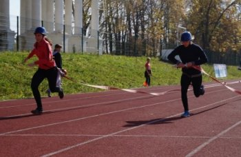 В Челябинской области состоялись соревнования по пожарно-прикладному спорту среди школьников