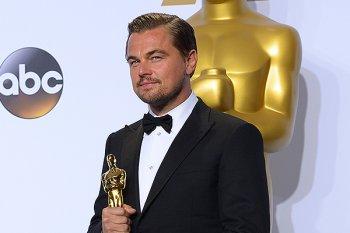 Коллеги отправили поздравление с первым Оскаром почетному актеру Челябинского камерного театра – Леонардо Ди Каприо