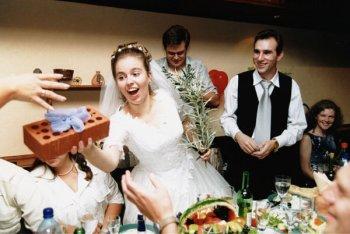 Свадьба: как выбрать подарок?