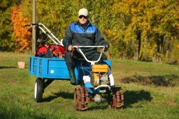 Мотоблок Нева - образчик надежной спецтехники для сельхозработ